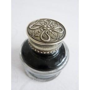 Tintero de caligrafía redonda