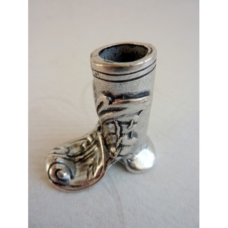 Portalápices - Peltre, estilo bota
