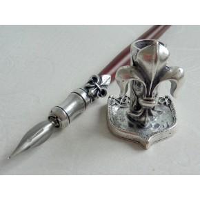 Træ og tin dip pen, 6 penne med blæk og pen indehaveren
