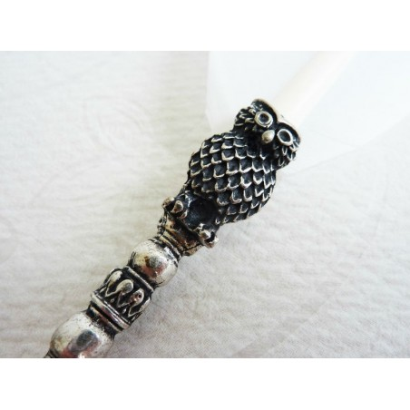 White feather quill dip pen & ink owl design