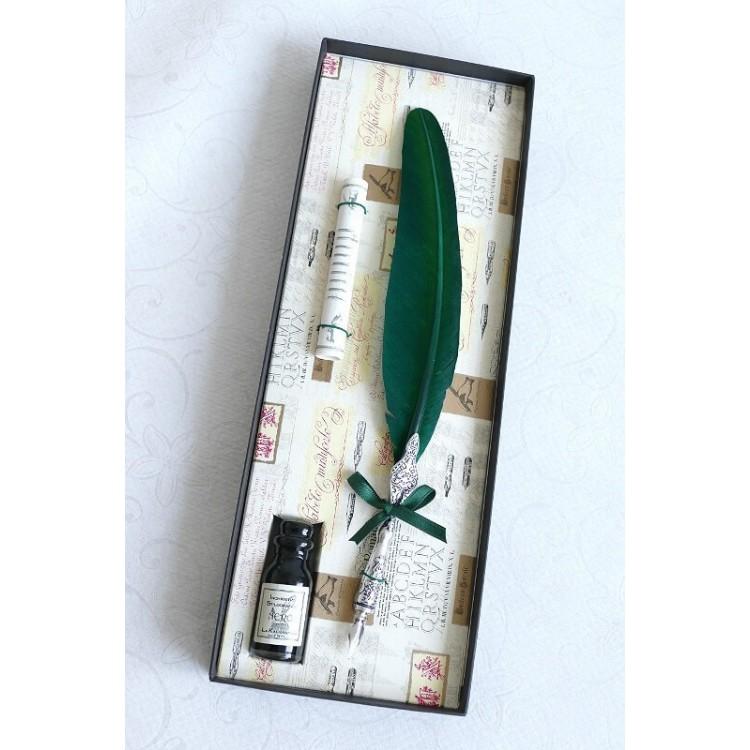 Grüne Feder Zinnfeder und Tinte