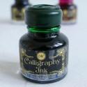 Tinta de la caligrafía del verde esmeralda