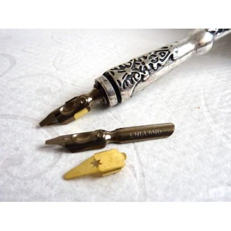 Pyöreä käsi kalligrafiaa terät ja säiliöt