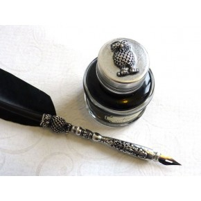 Feather Quill Dip Pen & Ink Owl design