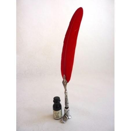 Penna piuma rossa, porta stivali e inchiostro