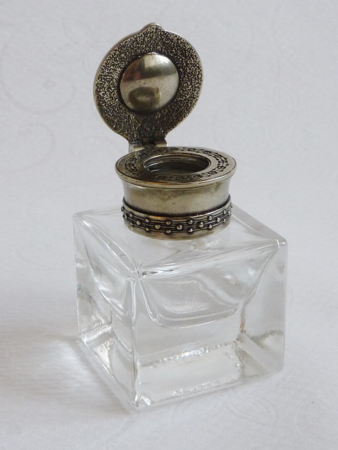 Square alpaca calligraphy inkwell made from glass and nickel silver bronze by Bortoletti in Italy