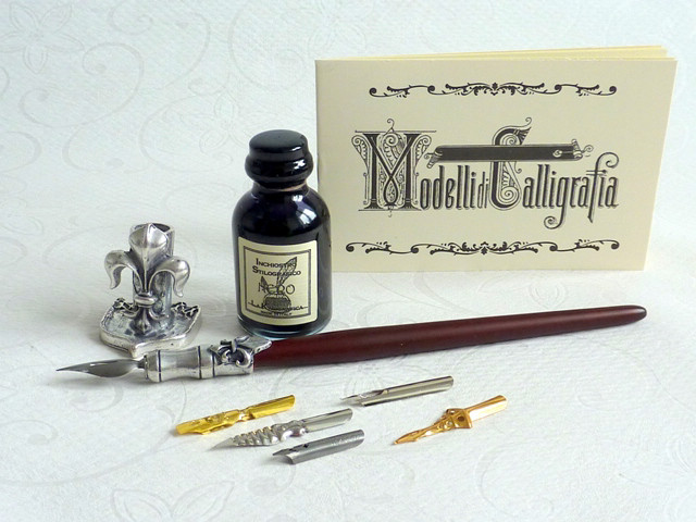 Wood and pewter dip pen, 6 nibs with ink and pen holder